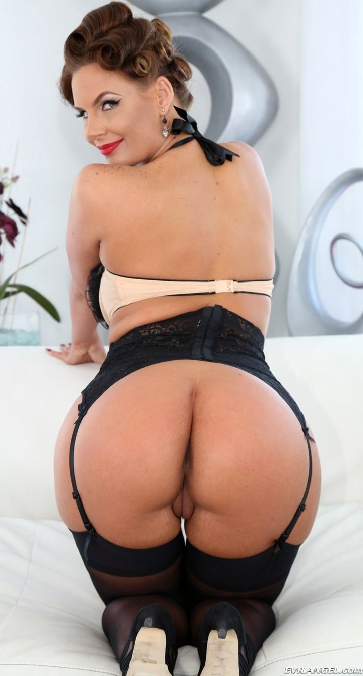 Hot MILF Phoenix Marie spreading perfect ass in sexy lingerie