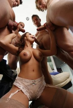 Oral Slut Uses – Gangbang Blowjob Party