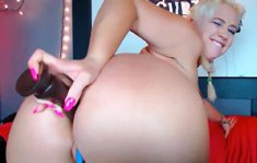 HOT Curvy BBW Squirting on Table and Licking IT