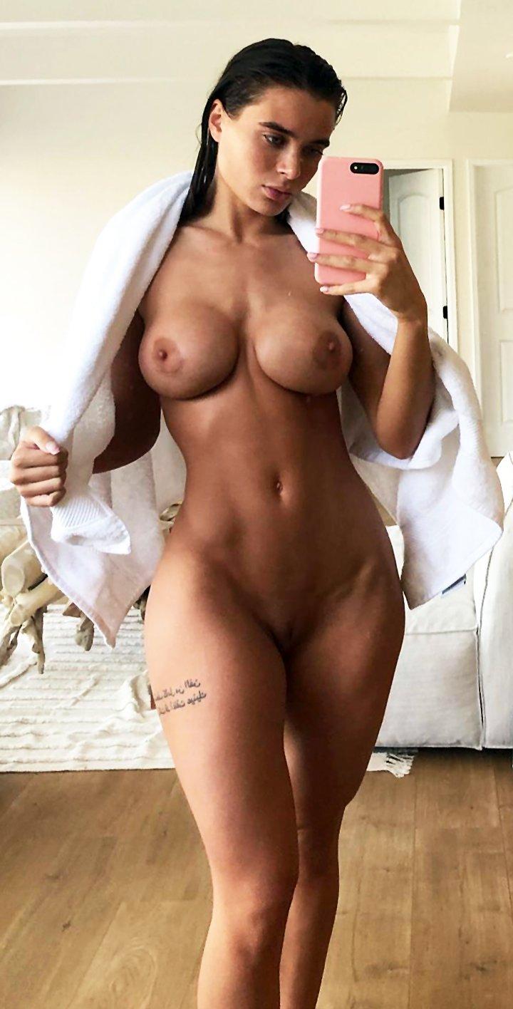 Amazing naked selfies