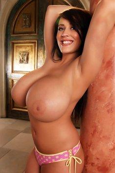 Hot MILF Antonella Kahllo shows her big natural tits