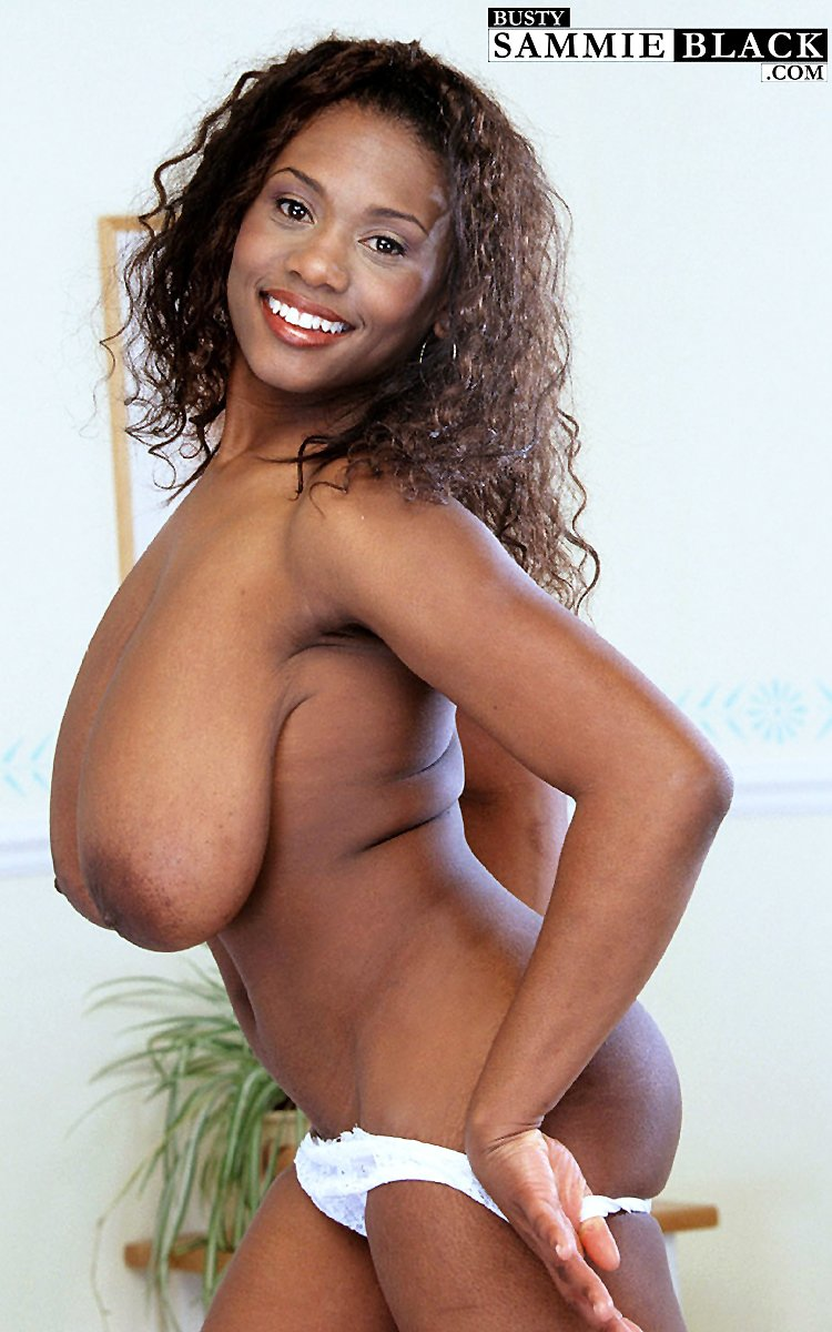 British MILF Sammie Black playing with her giant black saggy breasts