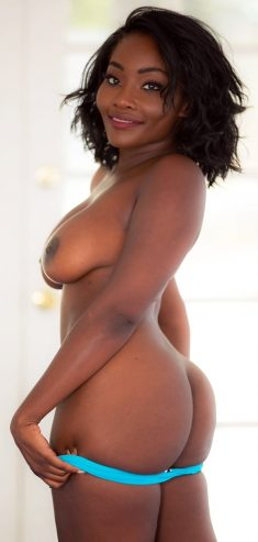 Busty girl with perfect black skin Osa Lovely spreads legs