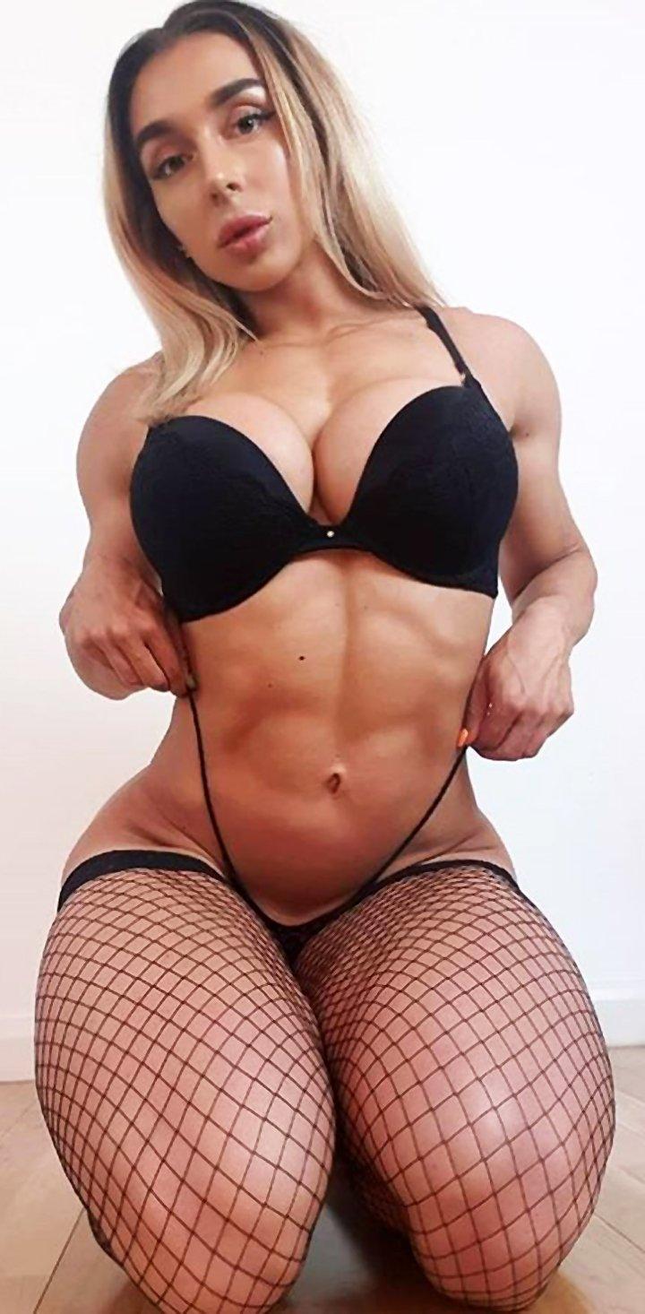 Hot Photos Of Bikini Champion Kiera Jaston