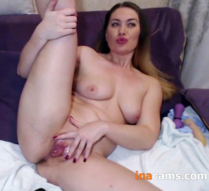 Beautiful Amateur Mom got Horny and Masturbates at Home