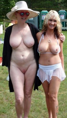 Amateur mature women with big tits naked outdoors