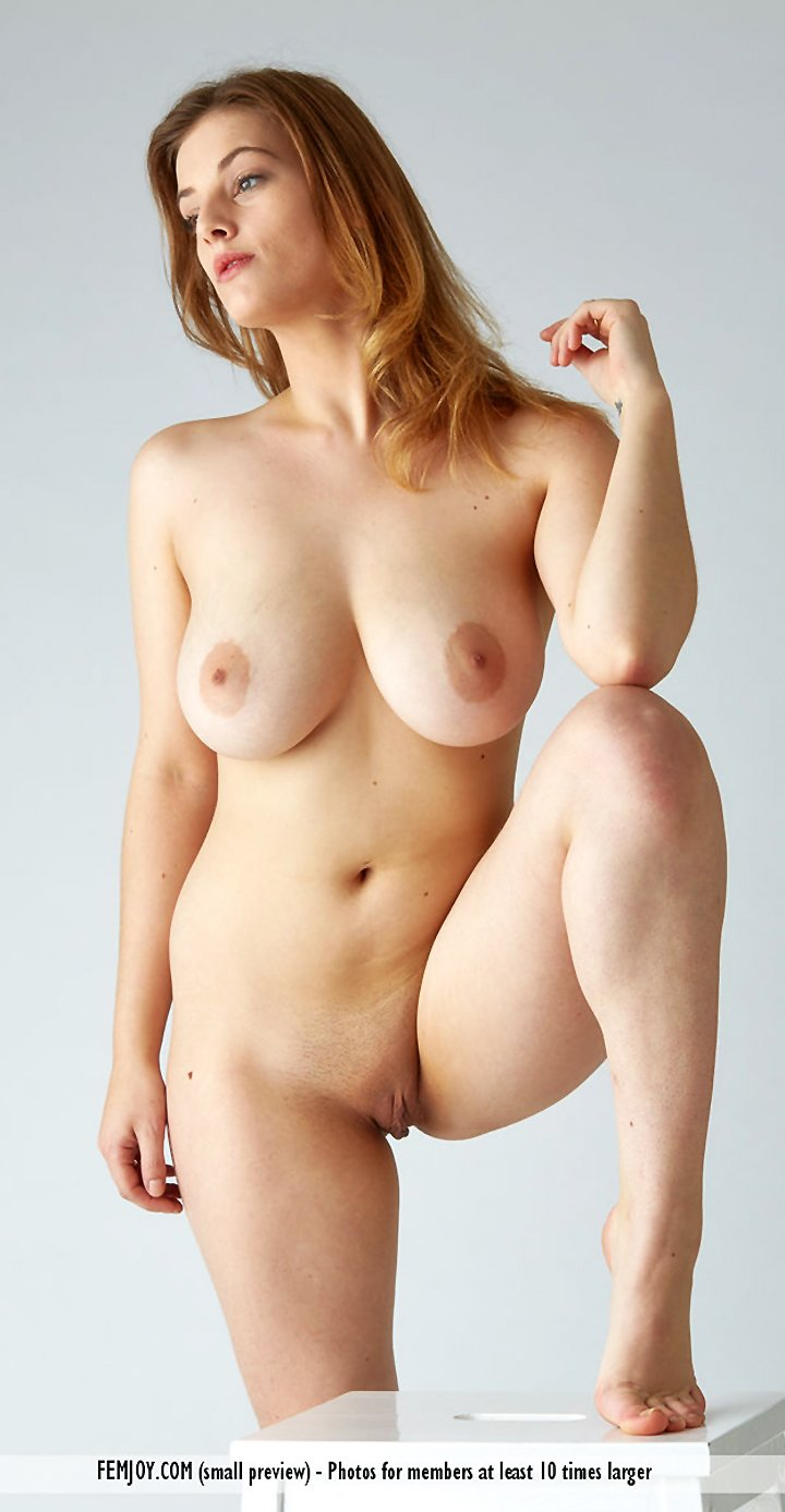 Girl with big boobs Delina G shows her perfect body naked