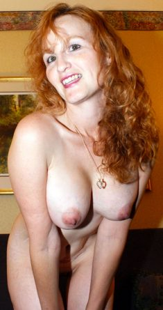Naked amateur mature women with big breasts