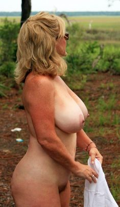 Older amateur women with huge boobs