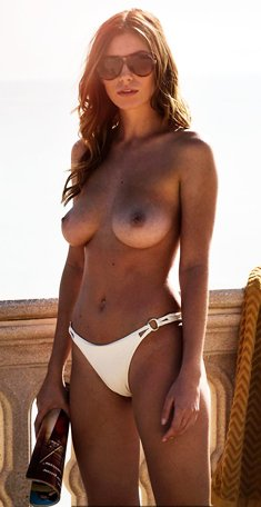 Alejandra Guilmant sexy and topless
