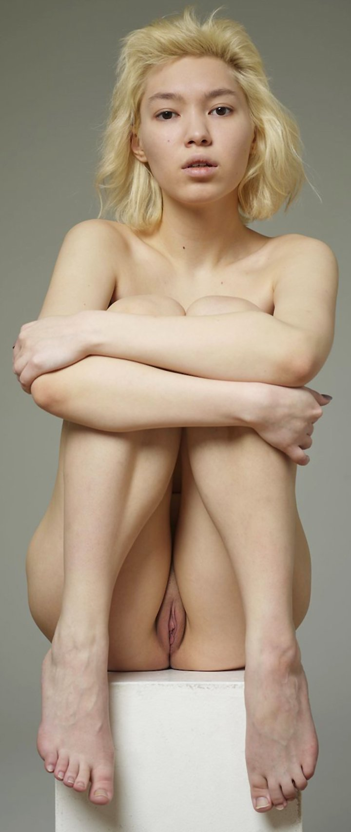 Nude Russian blonde Lily posing like a statue