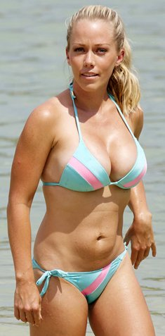 Kendra Wilkinson sexy cleavage in bikini in Hawaii