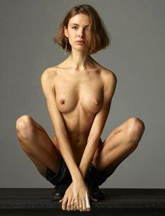 Slim sexy girl Alena Vezza in Amazing Grace