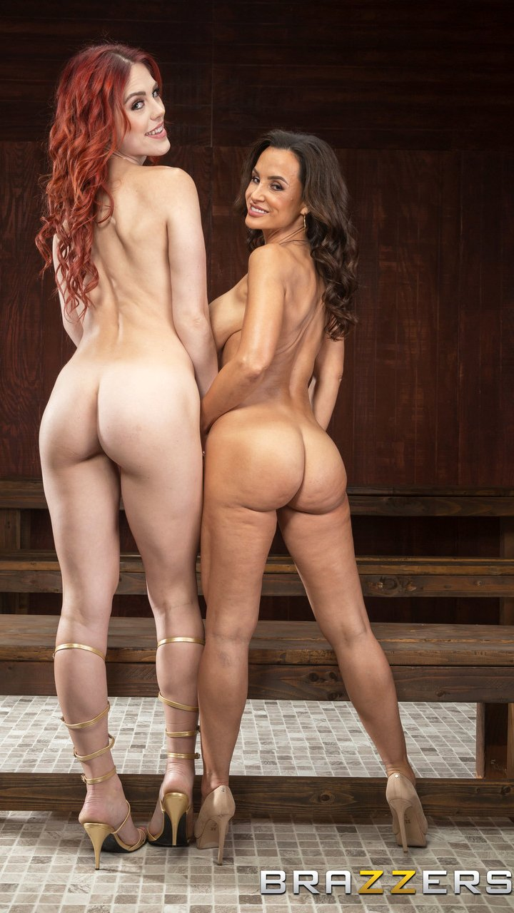 Hot MILFs Lisa Ann and Molly Stewart shows their sexy asses together