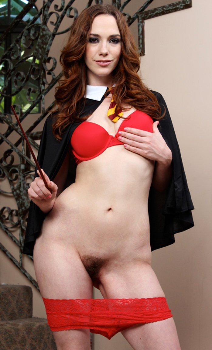Brunette chick Sammy Grand strips off her uniform