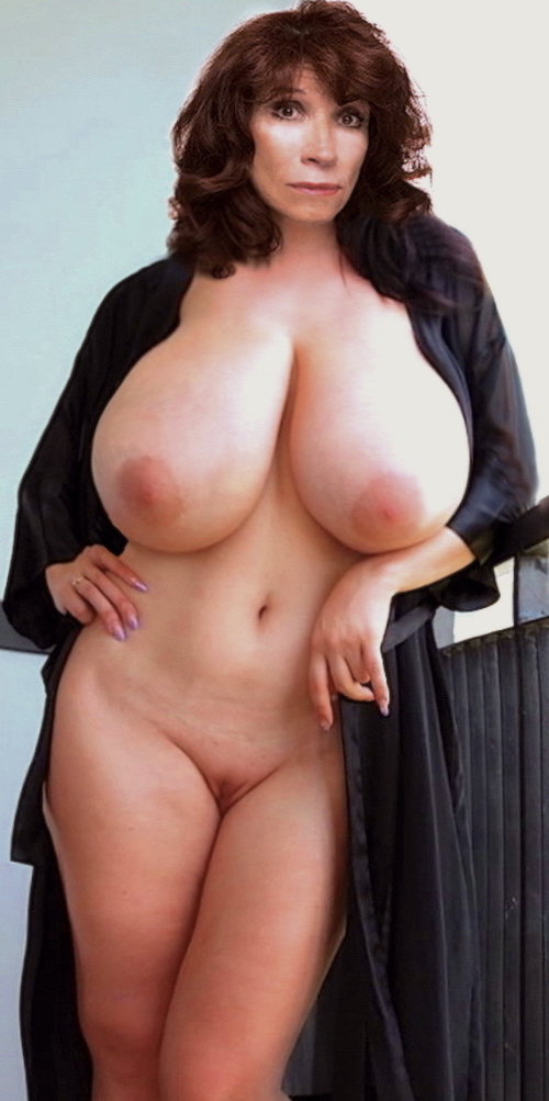 Mega huge fake boobs – Amiralove 4000cc