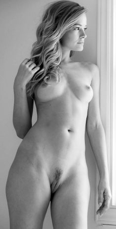 Olivia Preston Shows Her Pussy in Black and White
