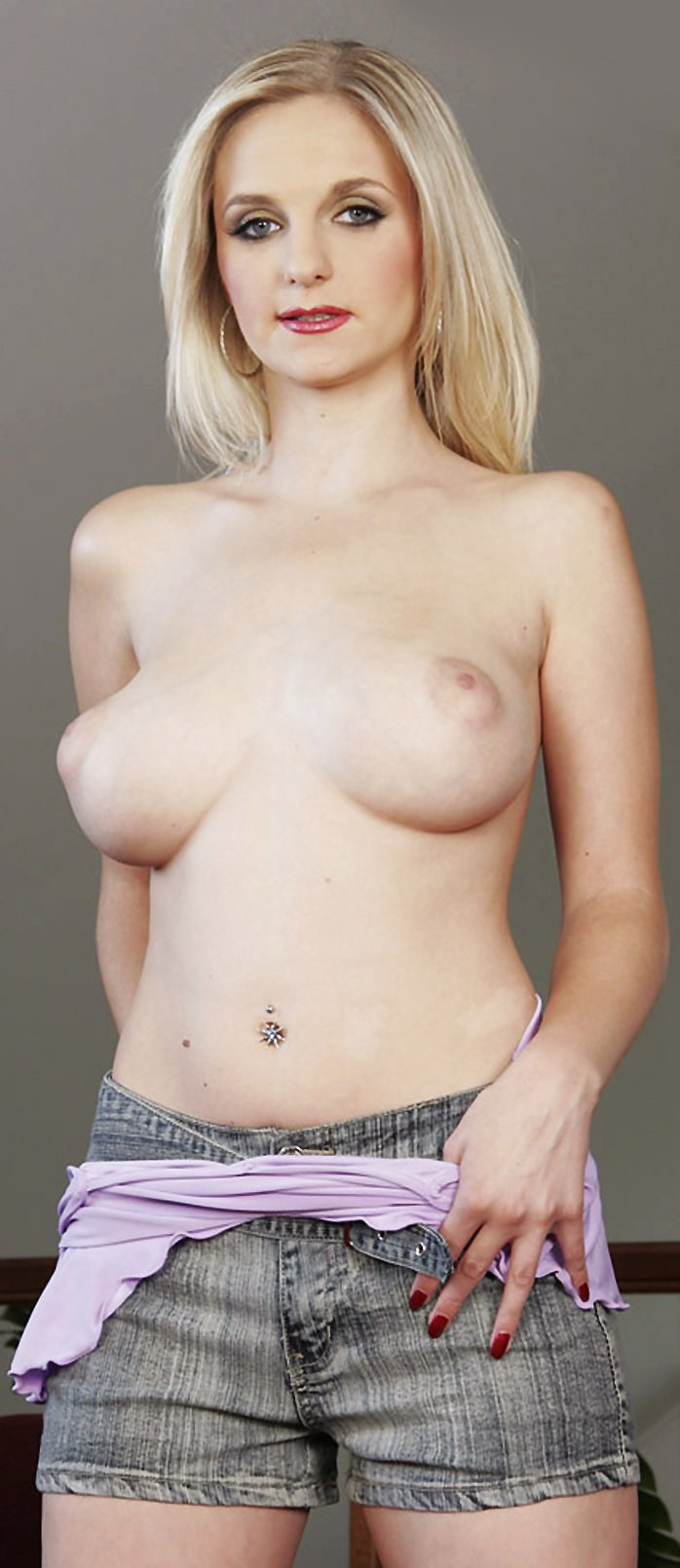 Busty blonde Darina posing naked in high heels
